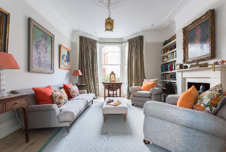 beautiful London Poplar Grove luxury apartment and holiday home