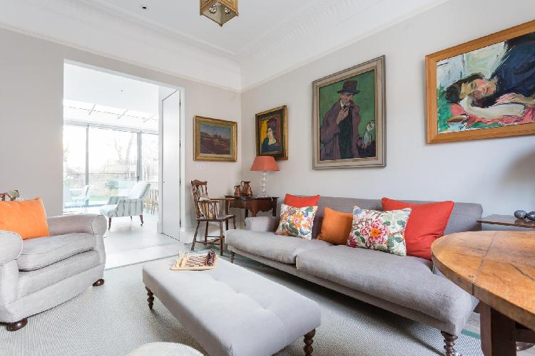 awesome London Poplar Grove luxury apartment and vacation rental