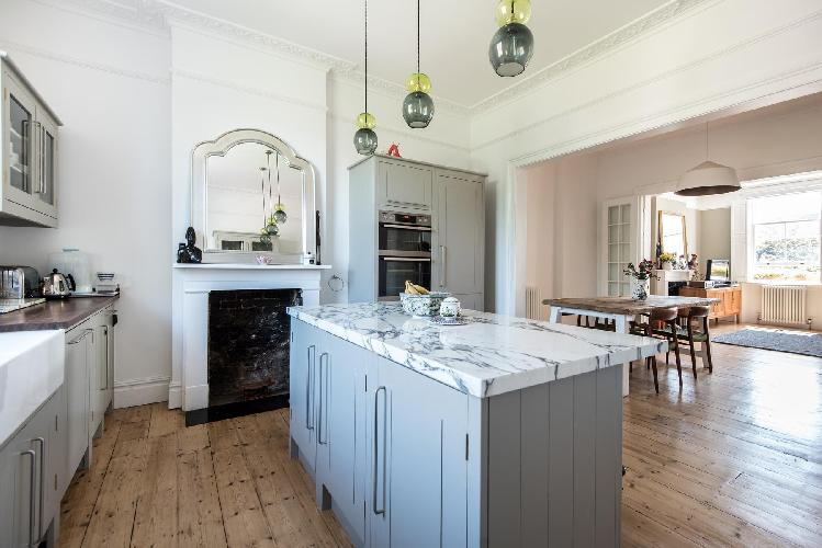 lovely London Westbourne Grove VIII luxury apartment and holiday home