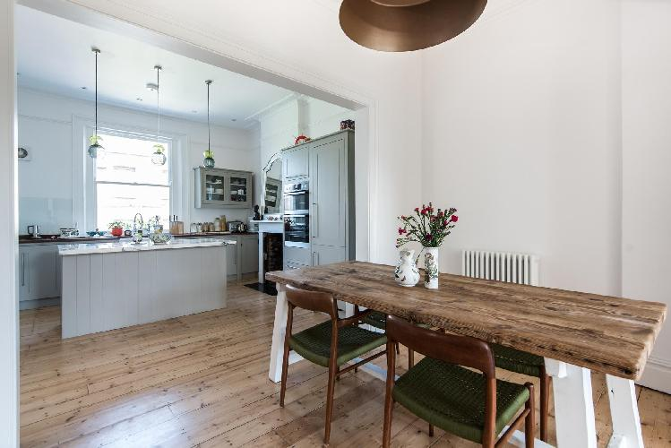 charming London Westbourne Grove VIII luxury apartment and vacation rental