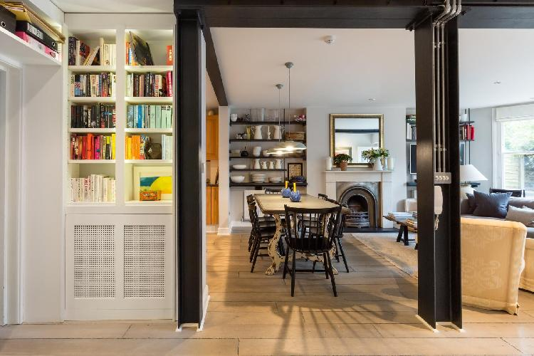cheery and charming London Christchurch Avenue III luxury apartment and vacation rental