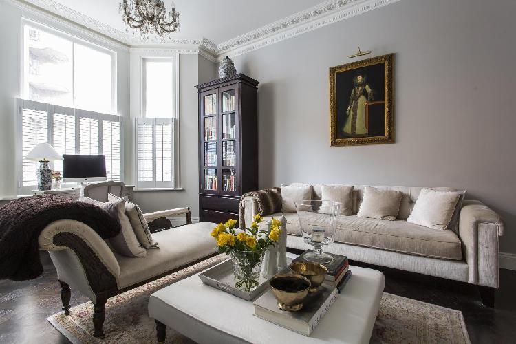 beautiful multilevel London Edith Place luxury apartment and vacation rental in Chelsea, near Fulham