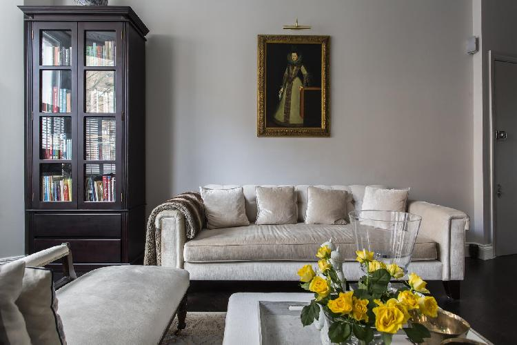 exquisite parlor of London Edith Place luxury apartment