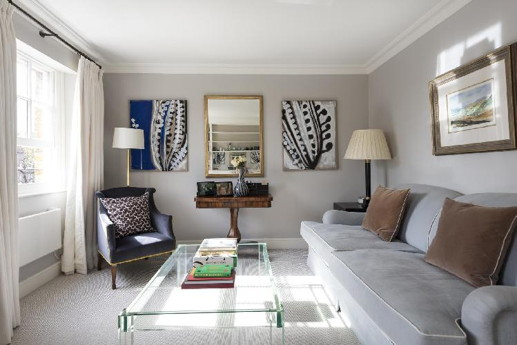 chic and charming London Brompton Square IV luxury apartment