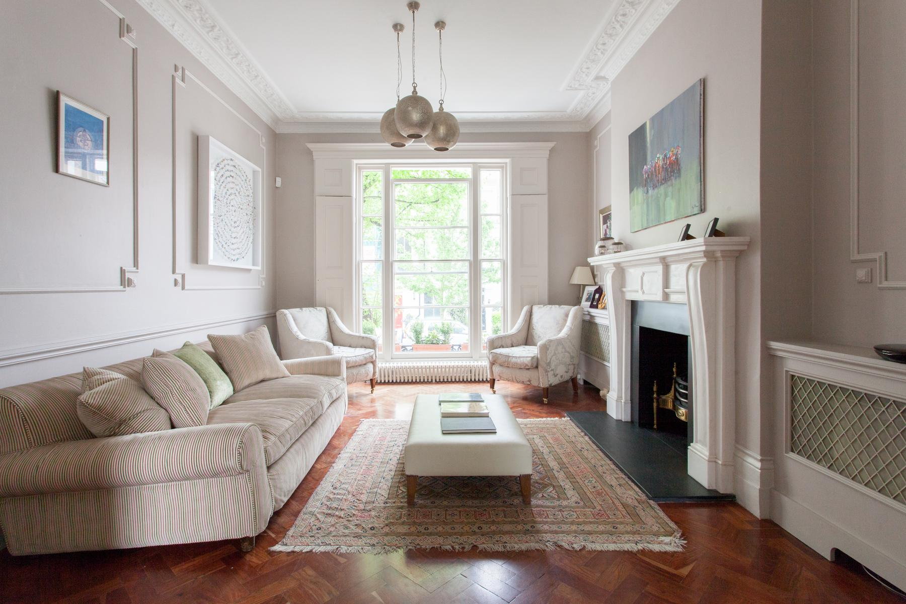 parlor of luxury apartment in Abbey Gardens St John's Wood London