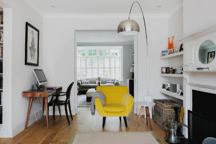 vibrant furnishings in London Hartswood Road III luxury apartment