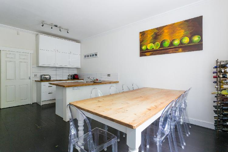 charming dining table in London Haverstock Hill luxury apartment