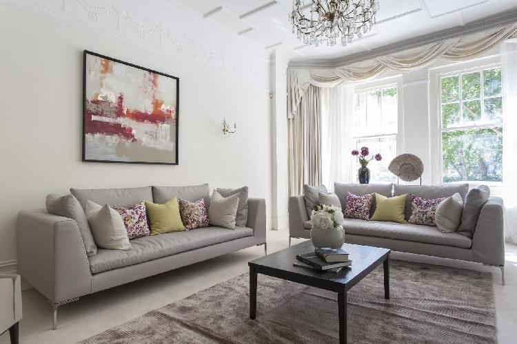 awesome London Oakwood Court IV luxury apartment and vacation rental