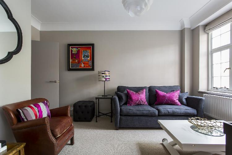 chic and charming London Drayton Gardens VIII luxury apartment and vacation rental in South Kensingt