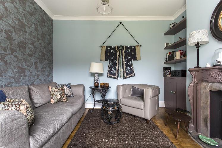 quiet sitting room of London City Road luxury apartment