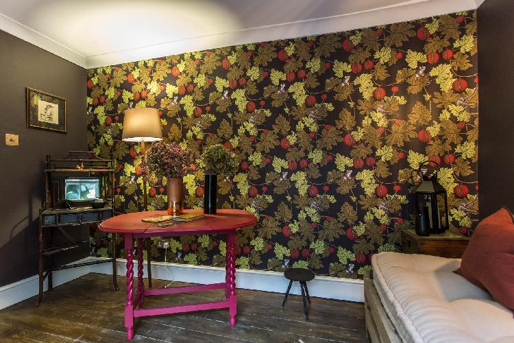 fascinating foliage-and-fruit wallpaper in London City Road luxury apartment