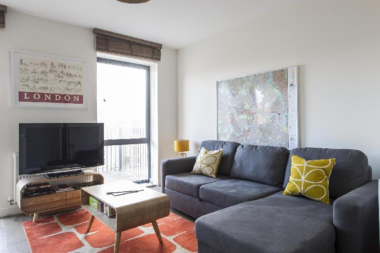 charming and chic London Grange Road II luxury apartment and vacation rental