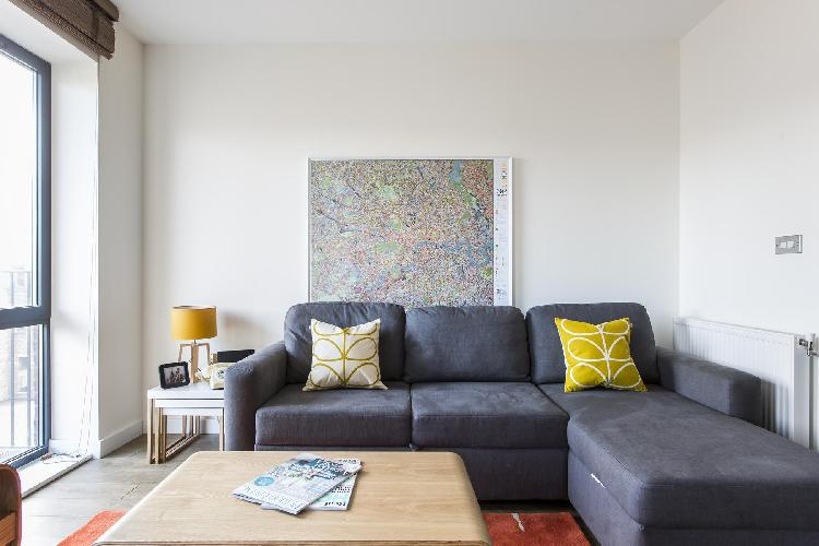 chic and charming sitting room of London Grange Road II luxury apartment