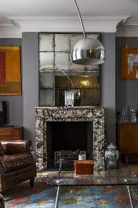 awesome fireplace in London De Walden Street luxury apartment