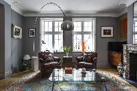 tasteful sitting-area furnishings in London De Walden Street luxury apartment