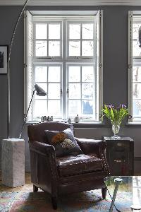 plush seating in London De Walden Street luxury apartment