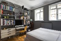 awesome bookshelf and desk in London De Walden Street luxury apartment
