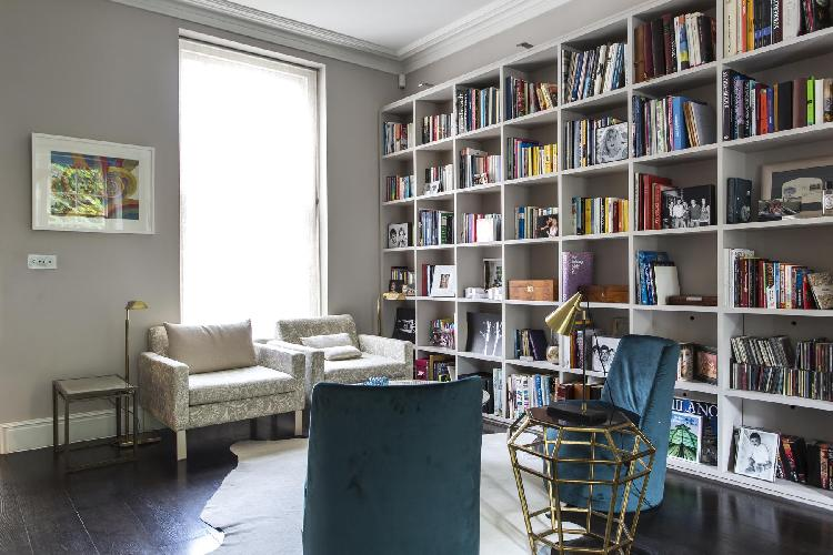 awesome bookshelf in London Sutherland Place luxury apartment