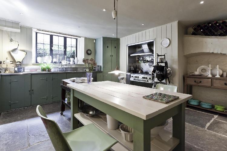 charming kitchen of London Fournier Street luxury apartment