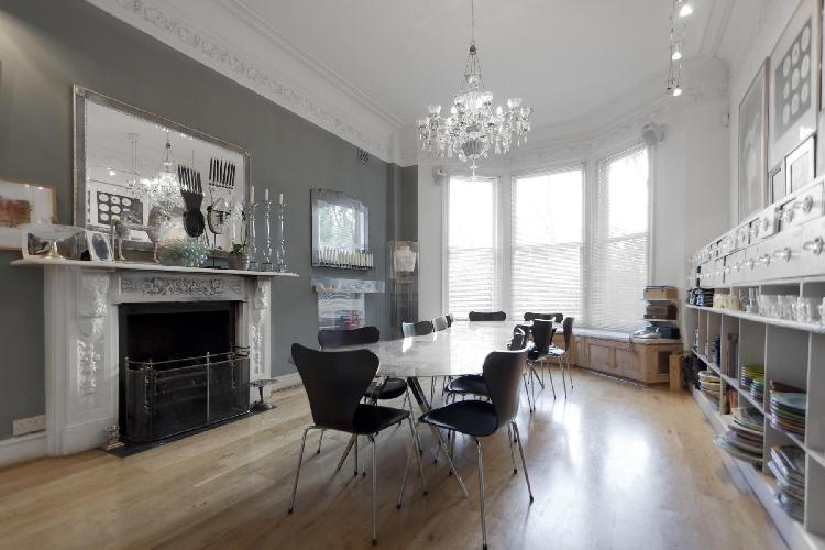 charming London Lancaster Grove luxury apartment