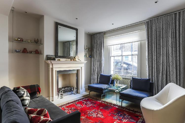 chic and charming London Campden Street II luxury apartment