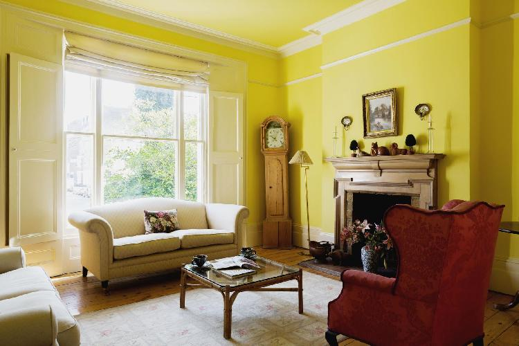 chic and cheery London Gloucester Crescent II luxury apartment and holiday home