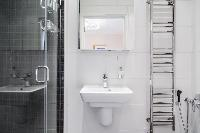 clean lavatory in London Albert Terrace luxury apartment