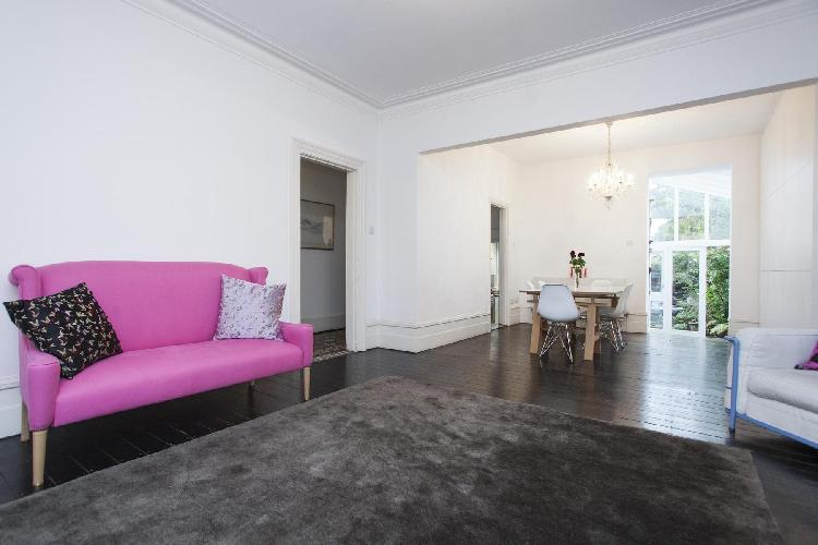lovely London Heath Hurst Road luxury apartment and vacation rental
