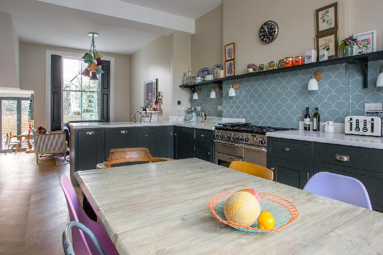 country-themed kitchen of London Brussels Road luxury apartment