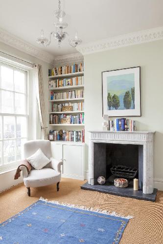nice fireplace in London Clarendon Road III luxury apartment