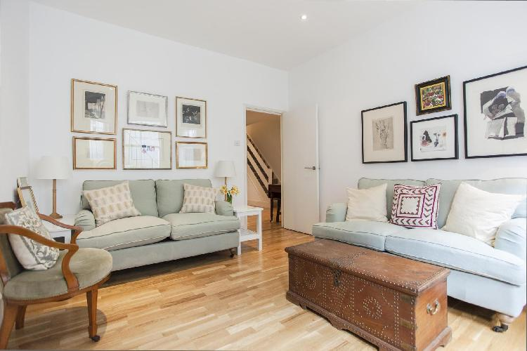 chic and charming London Brechin Place III luxury apartment and holiday home