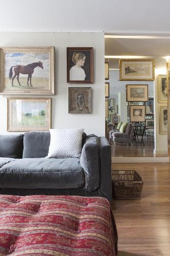 captivating art in London Grosvenor Gardens Mews South luxury apartment