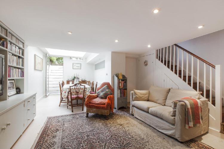 beautiful London Portland Road III luxury apartment and holiday home