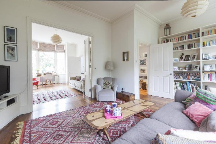 charming sitting area in London Ramsden Road luxury apartment
