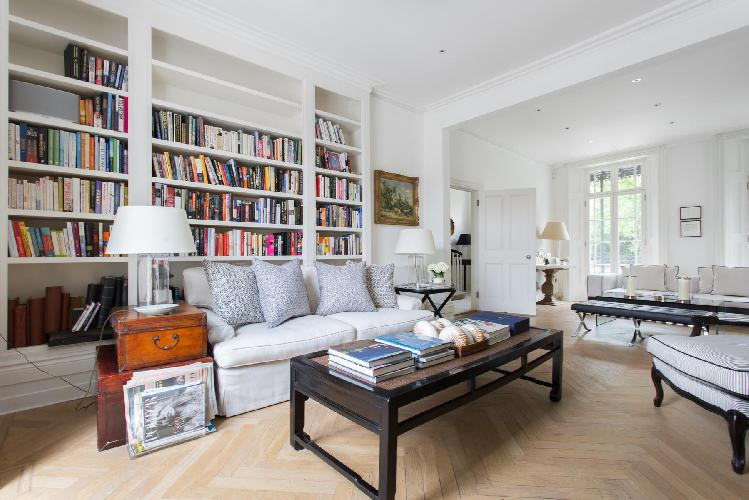 beautiful London Holland Park Avenue III luxury apartment and vacation rental