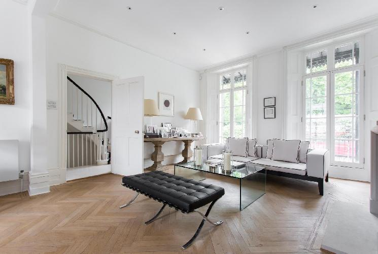 lovely London Holland Park Avenue III luxury apartment and holiday home