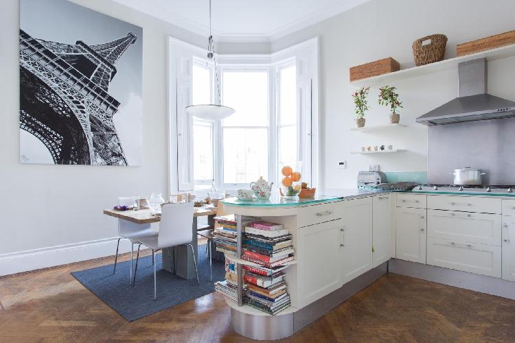 awesome Eiffel Tower wall art and lovely bay window in London Cornwall Gardens VI luxury apartment
