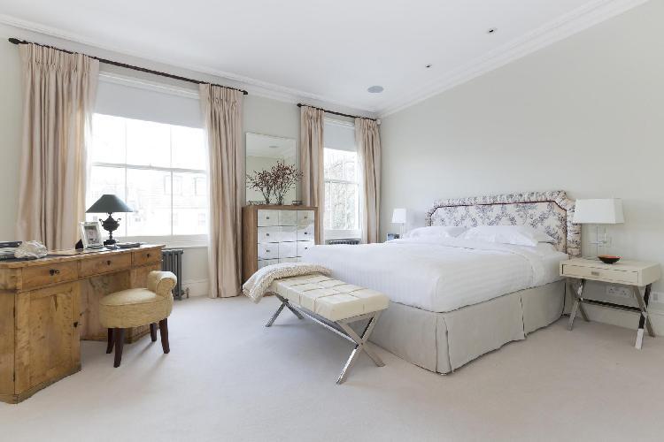 lovely London Warwick Gardens II luxury apartment