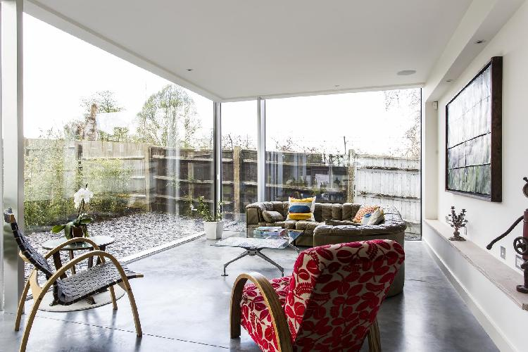 beautiful multilevel Central London Dulwich Road II luxury apartment and vacation rental in Lambeth