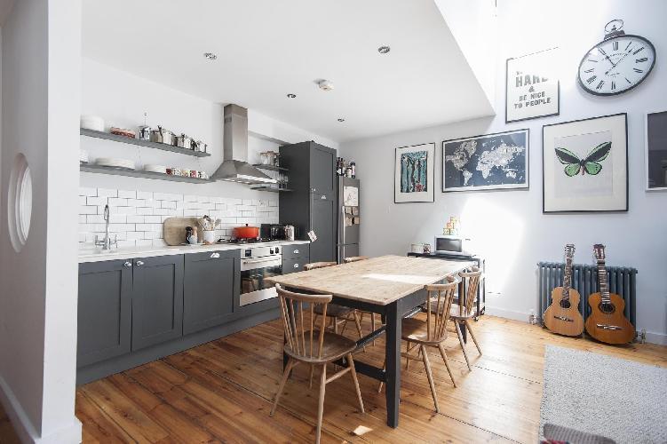 fully furnished London Whitecross Street luxury apartment