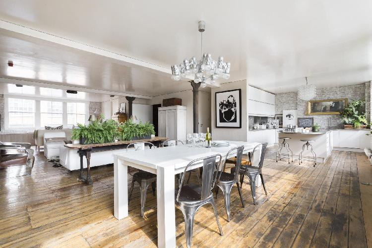 charming London Nile Street luxury apartment