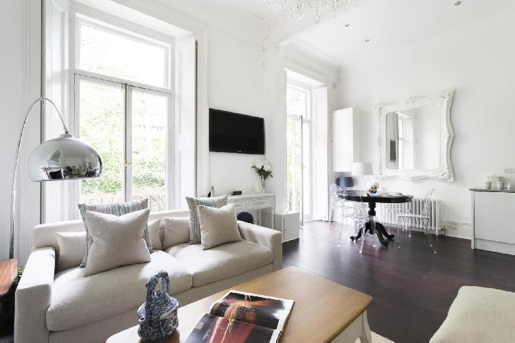 awesome London Porchester Square III luxury apartment and holiday home