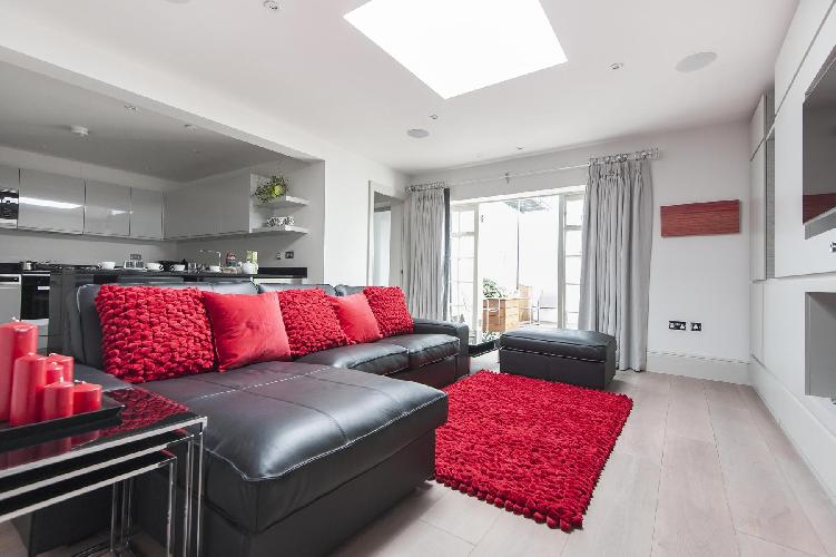 beautiful London Devonshire Place luxury apartment and holiday home in West End's Marylebone and Reg