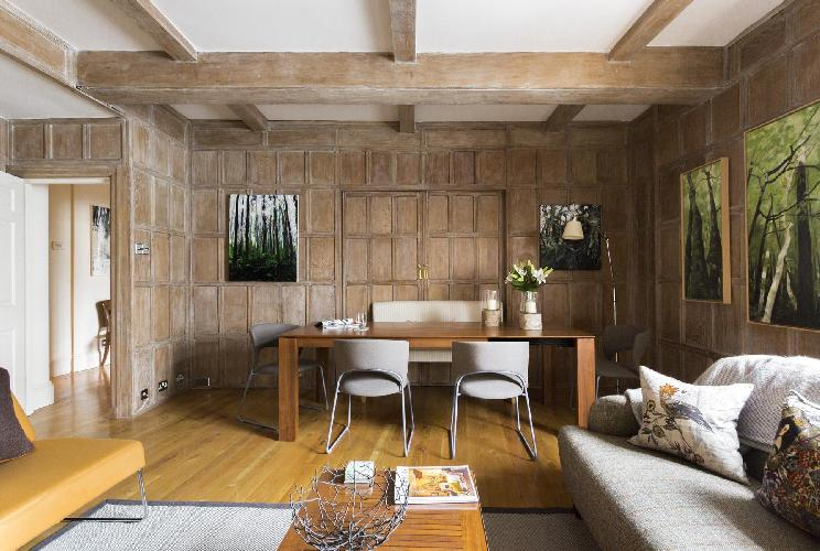 fascinating country-themed London Cockspur Street luxury apartment and holiday home