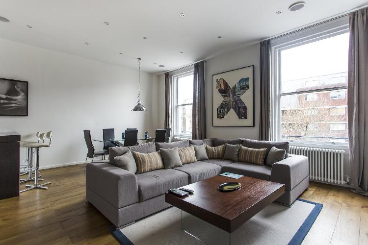 chic and charming London Cromwell Road II luxury apartment and vacation rental