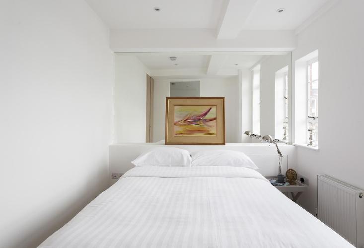 nice bedroom of London Sloane Avenue III luxury apartment