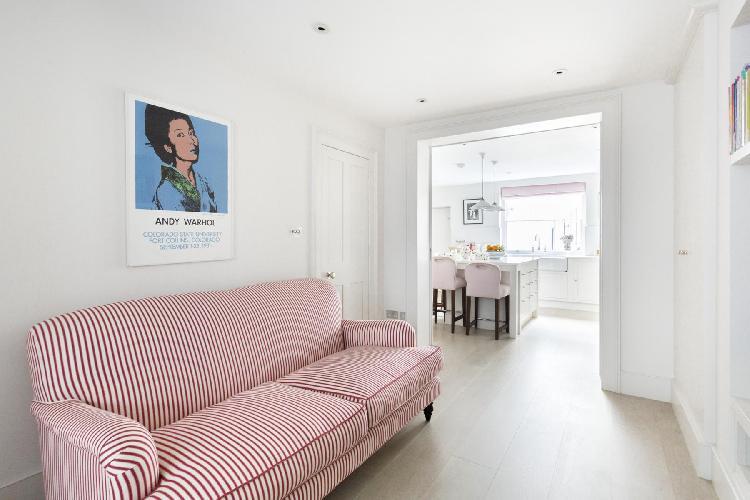 charming London Montpelier Street luxury apartment