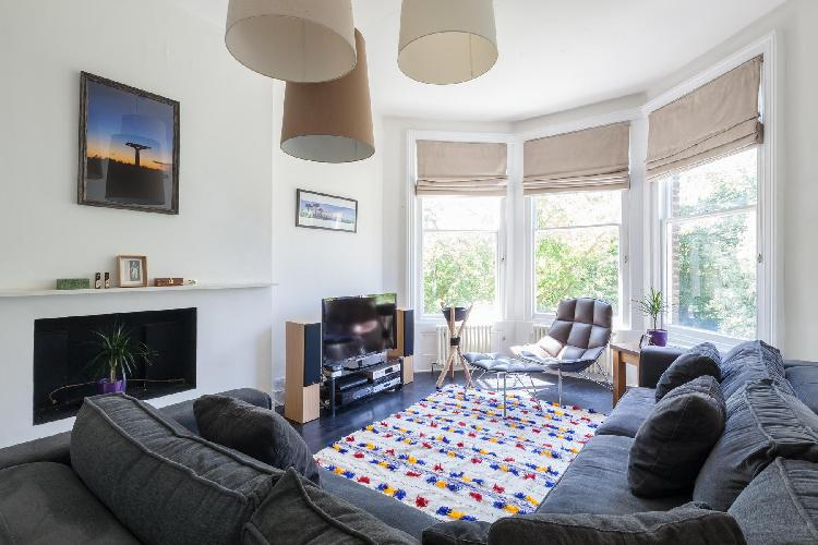 charming London Elsworthy Terrace luxury apartment and holiday home in Primrose Hill