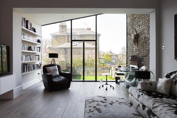 spacious London Mount Ararat Road luxury apartment