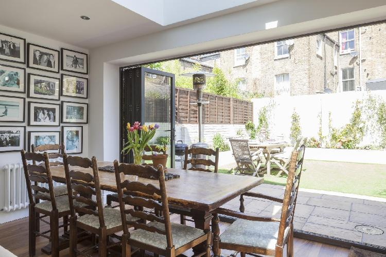 beautiful London Keildon Road luxury apartment and holiday home